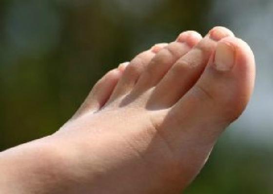 足のかかと・指の痛み